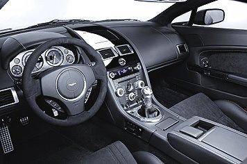 Aston-Martin-V12-Vantage-07