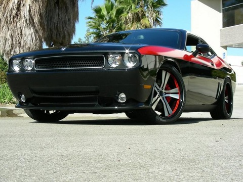 2009-Mr-Norms-Super-Dodge-Challenger-Black-Front-Angle-1024x768
