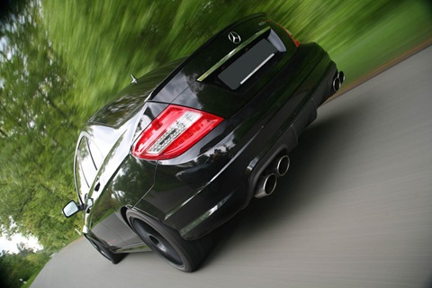 edo-Competition-Mercedes-Benz-C63-AMG-14