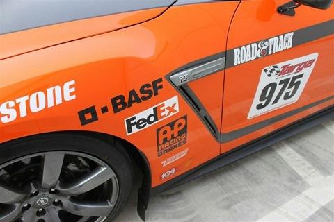 STILLEN-Nissan-GT-R-Targa-Race-Car-09