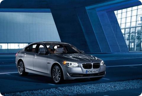 2011-BMW-5-Series-41