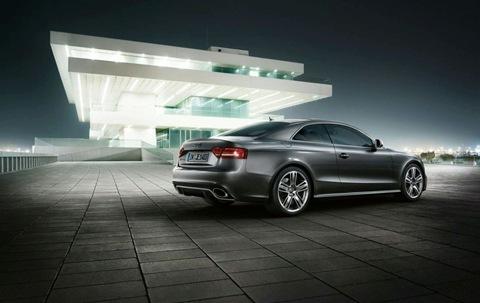 2011 Audi RS5 16