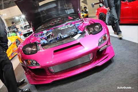 tokyo-tas-2010-tokyo-abflug-pink-spider-mazda-rx-7-tokyo-01