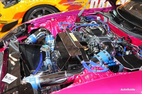 tokyo-tas-2010-tokyo-abflug-pink-spider-mazda-rx-7-tokyo-02