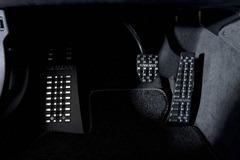 2012-Hamann-BMW-M5-F10M-interior-aluminum-pedals-details