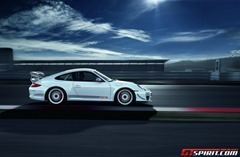 Porsche 911 GT3 RS 4.0 vs 2014 991 GT3 0-200km/h