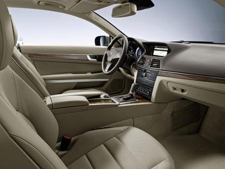 2010-mercedes-benz-e-class-coupe-21