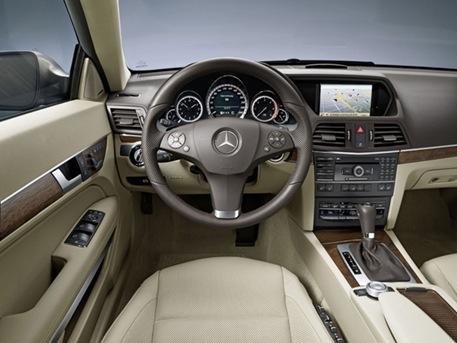 2010-mercedes-benz-e-class-coupe-22