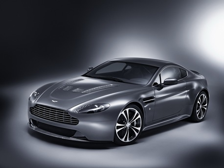 Aston-Martin-V12-Vantage-04