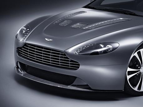 Aston-Martin-V12-Vantage-05