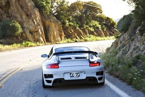 evolution_motorsports_evt700_997_porsche_911_turbo_0060311950x650