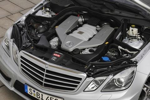 2010-mercedes-benz-e63-amg-14