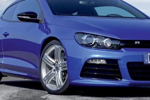 2009-Volkswagen-Scirocco-R-07.jpg_595