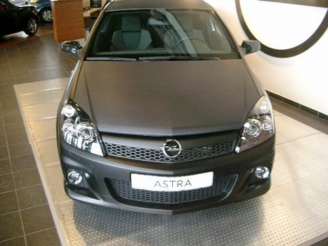 Opel-Astra-OPC-1