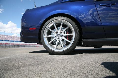 2010-Shelby-GT500-Super-Snake-21