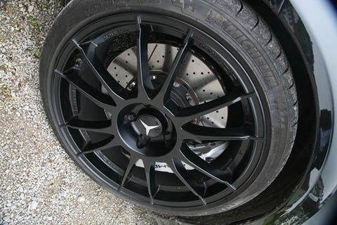 edo-Competition-Mercedes-Benz-C63-AMG-09