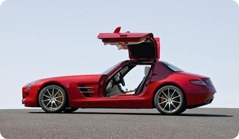 2010-Mercedes-SLS-AMG-2
