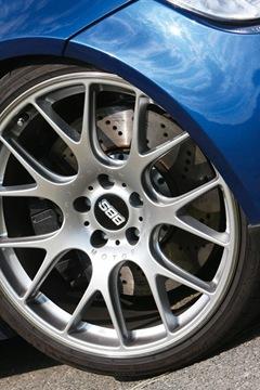 Manhart-Racing-BMW-M3-E92-5-V10-SMG-03
