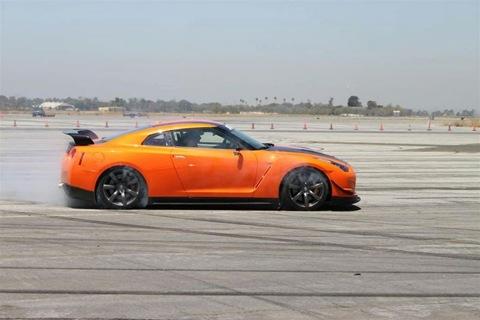 STILLEN-Nissan-GT-R-Targa-Race-Car-27