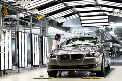 2011-BMW-5-Series-77