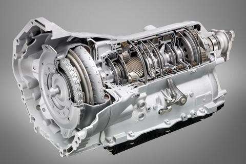 2011-BMW-5-Series-8