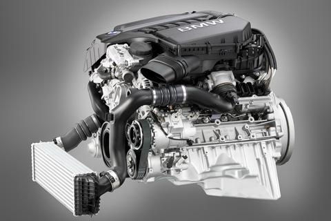 2011-BMW-5-Series-9