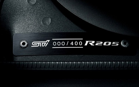 subaru-impreza-r205-badge