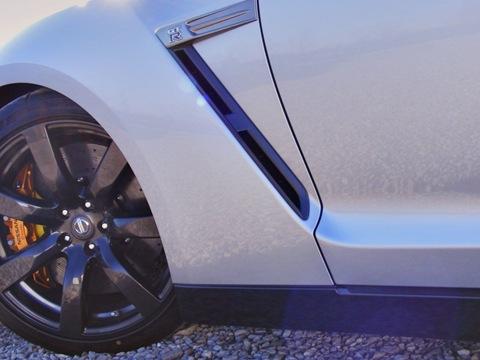 Switzer P800 Nissan GTR 3