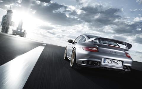 2011 Porsche 911 GT2 RS 14