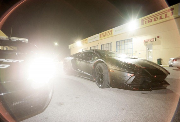Lamborghini LP700-4 Aventador 13
