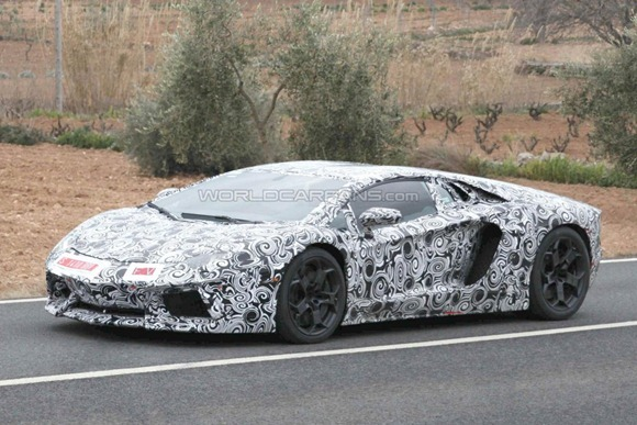 Lamborghini LP700-4 Aventador 7