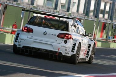 Volkswagen-Golf24carscoop-3