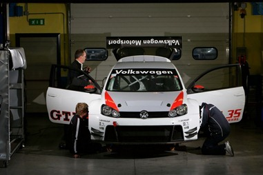 Volkswagen-Golf24carscoop-6