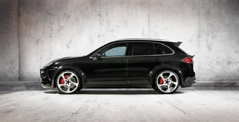Wide-body Porsche Cayenne by Mansory 3