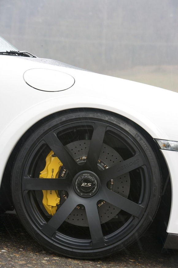 Sportec SP 800 R based on Porsche GT2 RS 8