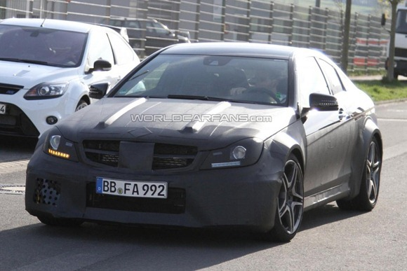 Mercedes-Benz C63 AMG Coupe Black Series  6
