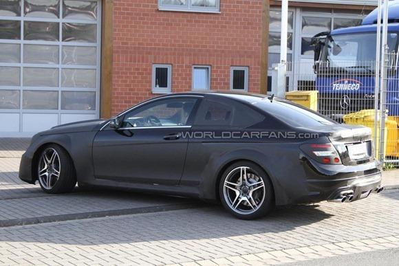 Mercedes-Benz C63 AMG Coupe Black Series  7