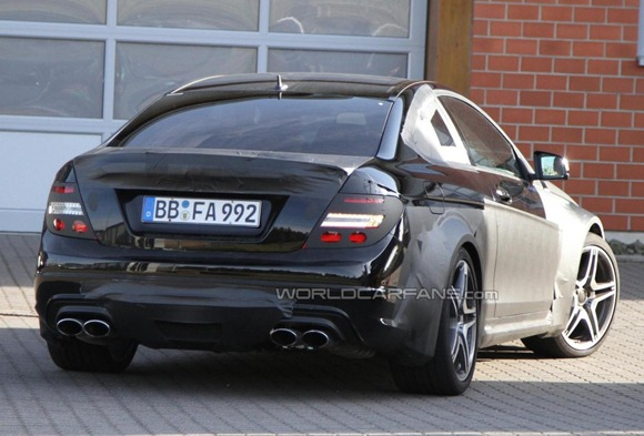 Mercedes-Benz C63 AMG Coupe Black Series  9