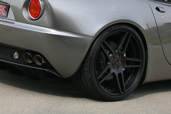 Alfa Romeo 8C Spider by Novitec 12