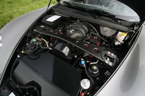 Alfa Romeo 8C Spider by Novitec  3