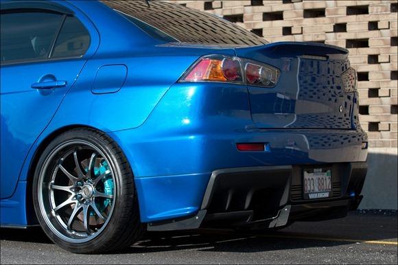 Mitsubishi Evo X 11