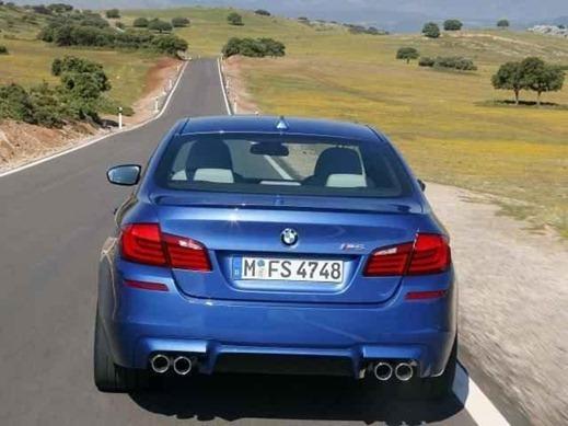 2012 BMW M5 F10 24