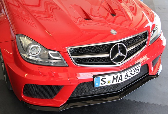 11-2012-mercedes-benz-c63-amg-coupe-black-serieslive