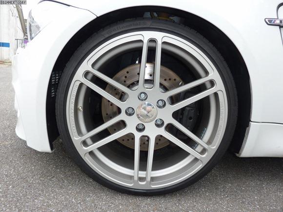 BMW-1er-M-Coupé-Manhart-Racing-11