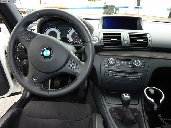 BMW-1er-M-Coupé-Manhart-Racing-Interieur-09