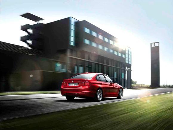 2012 BMW 3-Series 5