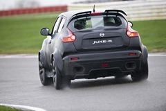 Nissan Juke-R (17)