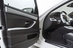 2012-Hamann-BMW-M5-F10M-interior-door-panel-details