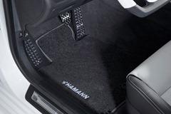 2012-Hamann-BMW-M5-F10M-interior-floor-mat-details