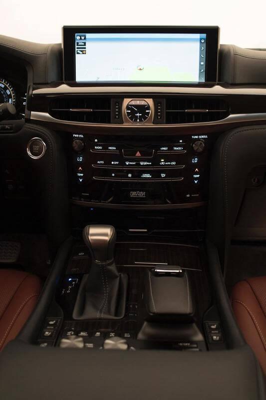 2015-5879882016-lexus-lx-570-facelift